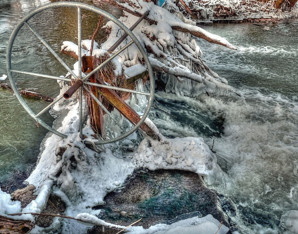 Picture Winter Water Wheel